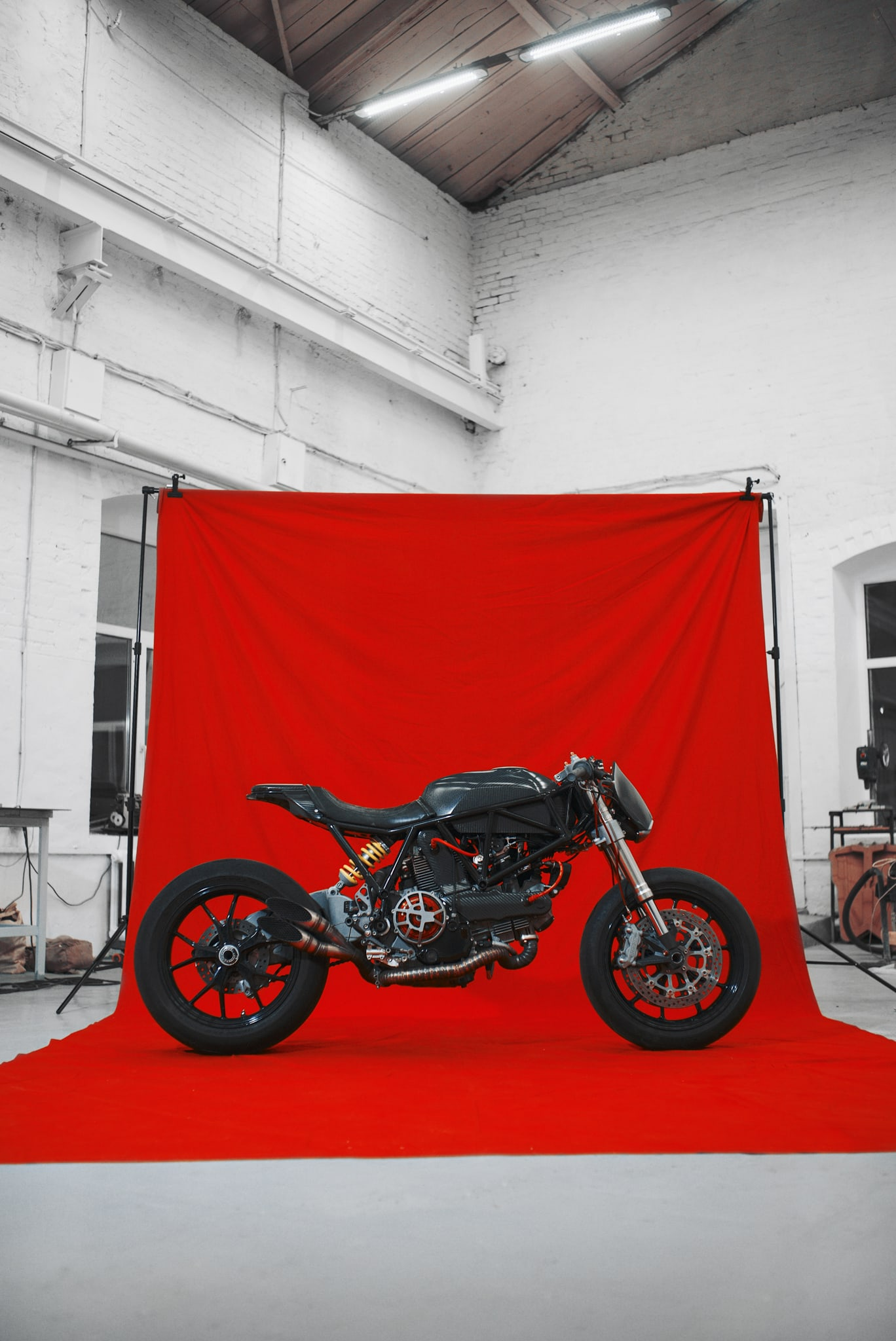 caferacer ducati birdie customs