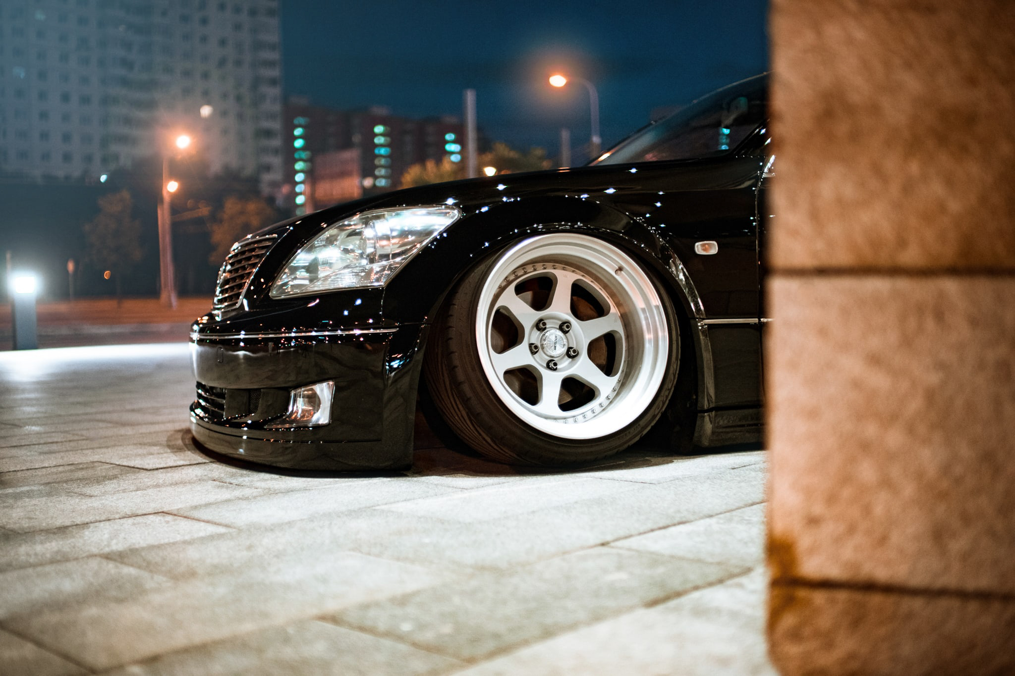Bagged Lexus LS