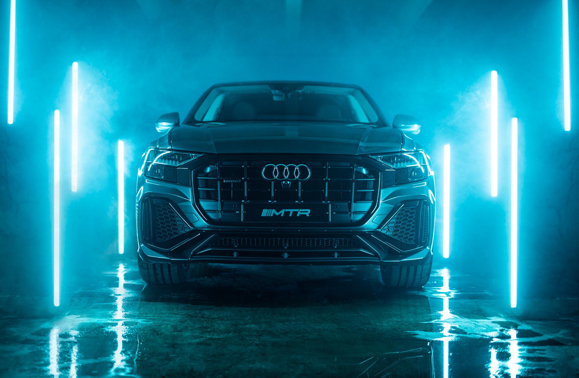 ночная фотосъемка Audi Q8